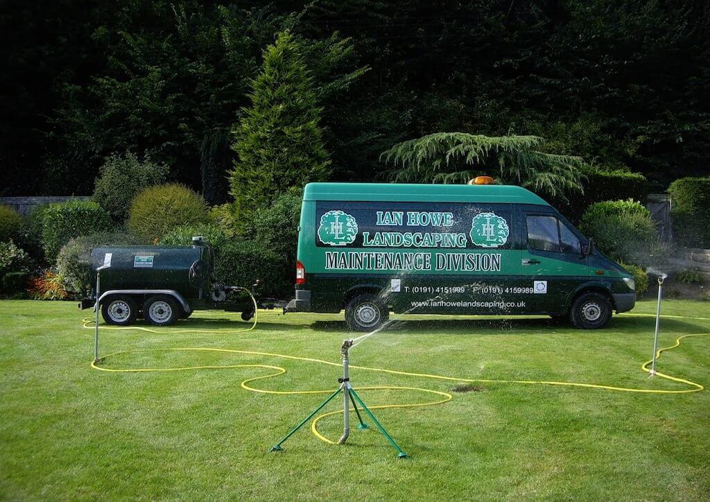 landscaping_team