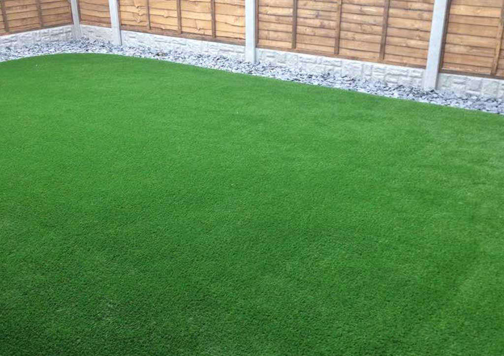 artificial-grass-newcastle-lazylawn-4