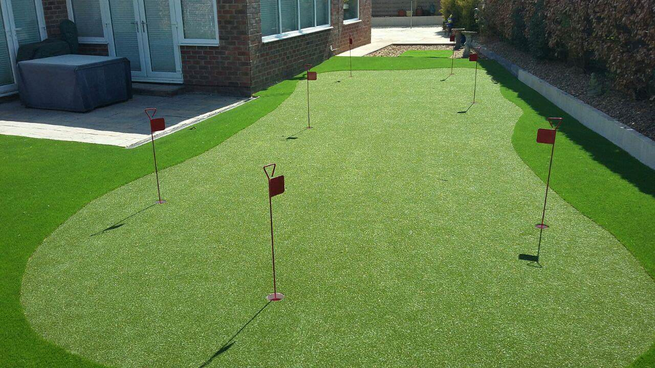 lazylawn-putting-greens-north-east
