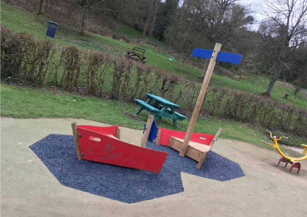 Rubber-mulch-surfacing-playground