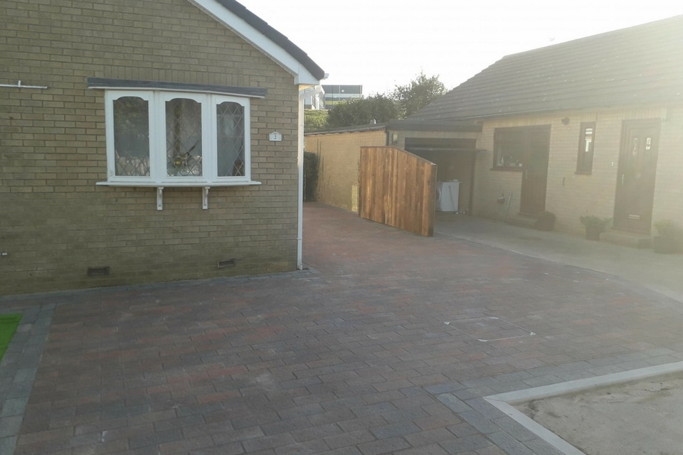 Paving-prudhoe