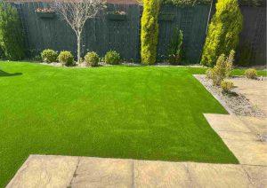 patio-artificial-grass-321